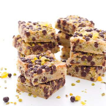 blondies-pepites-chocolat-pistaches-abricots2